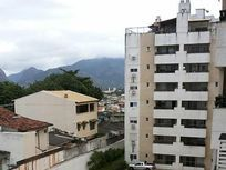 Apartamento 2 quartos com varanda gourmet - Em frente ao colégio Santa Mônica