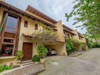 Casa residencial à venda, Boa Vista, Porto Alegre.