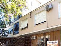 Apartamento residencial à venda, Santa Cecília, Porto Alegre.