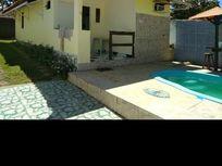 Venha morar nesta bela casa com piscina, de 3 quartos sendo 1 suíte , com qualidade de vida em Itacimirim!