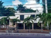 CASA ANTIGUA EN EXCELENTE UBICACION PARA RESTAURANTE U HOTEL BOUTIQUE