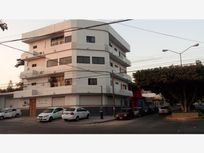 Edificio en Venta en Barrio Colon