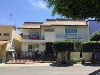 Casa en Venta en Lomas Hipodromo