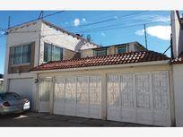 Casa en Renta en San Felipe Tlalmimilolpan