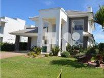 Imóvel com 4 quartos e 2 Vagas, Capão da Canoa, Centro, por R$ 2.100.000