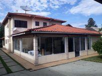 Sobrado com 4 suítes 600m² AT, Condomínio Km 43 da Raposo.