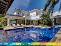 Maravilhosa mansão, construída em mais de 1000m² de terreno, próxima a praia e também ao shopping