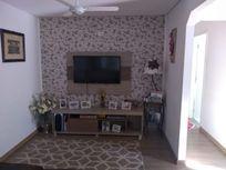 Casa com 3 dormitórios à venda, 110 m² por R$ 380.000 - Conjunto Residencial Trinta e Um de Março - São José dos Campos/SP