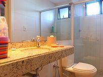 Apartamento Residencial à venda, Ponta Verde, Maceió - AP0212.