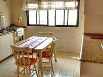 Sobrado 360m² construído, área do terreno 174m², 3 dormitórios com uma suíte, 2 vagas Bairro Olímpico - São Caetano do Sul.