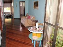 Casa à Venda em Vila Clarice