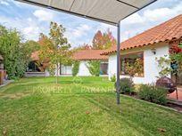 Casa Colonial, excelente conectividad - Jardín La Dehesa.