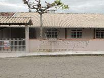 Locação Temporada - Casa com quatro dormitórios em Gravatá, Navegantes