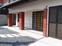 Locação Temporada - Casa com três dormitórios em Gravatá, Navegantes