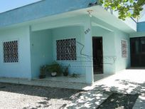 Casa com 03 dormitórios em Praia de São Miguel, Penha