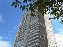 Apartamento com 3 quartos e Area servico na AVENI PORTUGAL, São Paulo, Brooklin Paulista