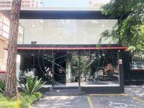 Casa com Aceita negociacao na AV Pacaembu, São Paulo, Santa Cecília