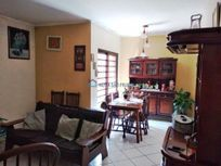 Casa com 3 quartos e Area servico na R Coimbra, Diadema, Centro