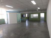 Edifício com Area servico na R Torquato Joaquim Rodrigues, Diadema, Centro
