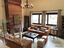 Casa com 3 quartos e Quintal na Estrada Fazendinha, São Paulo, Cotia, por R$ 1.600.000