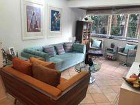 Confira, Lindo apartamento no Edifício Villaggio de Bologna.