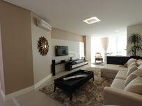 Apartamento 3 Suítes, finamente mobiliado, equipado e decorado.