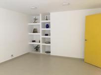 Casa con uso de suelo , oficina y consultorios