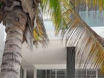 Residencia frente a la playa
