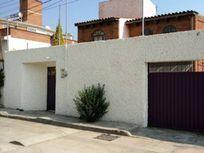 Agradable Casa en Venta en San Felipe Tlalmimilolpan Edo Méx