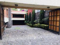 Divina Casa estilo Inglés en Nunkini Jardines del Ajusco Tlalpan