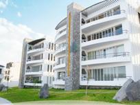 Departamento en venta con terraza y vista a la alberca Juriquilla Hills