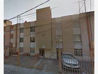 Departamento en Venta en Prados de Aragon