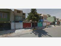 Casa en Venta en VILLAS DE ECATEPEC