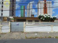Casa para moradia ou comércio com excelente localização no bairro de Manaíra.