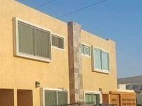 Venta casa tres dormitorios en condominio Los Hualles, Arica
