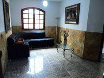 Casa com 4 quartos e 8 Vagas, Belo Horizonte, Planalto, por R$ 1.600.000