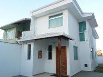 Casa com 3 quartos e Armario cozinha, Belo Horizonte, Santa Amélia, por R$ 750.000