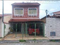 Sobrado residencial à venda, Jardim Olímpico, Pouso Alegre.