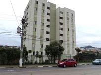 Apartamento em Cotia Prédio com Elevador