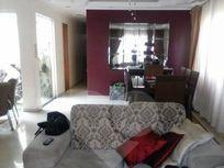 Casa à Venda em Vila Invernada