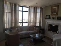 Apartamento à venda com 210m² em Moema