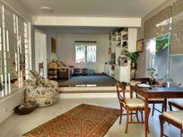 Casa com 4 quartos e 3 Suites na R Ubatuba, São Paulo, Perdizes
