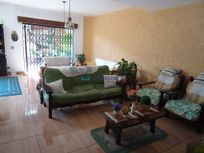 Casa com 4 quartos e 6 Vagas na AL Dos Uapês, São Paulo, Saúde