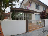 Casa com 3 quartos e Suites, Balneário Piçarras, Centro, por R$ 650.000