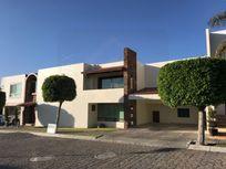 Casa con Amplio Jardín (160 m2) a una calle de SONATA en Lomas de Angelópolis 1, Lomas de Angelópolis