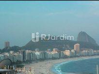 Espetacular cobertura com maravilhosa vista do mar de Copacabana e Arpoador!