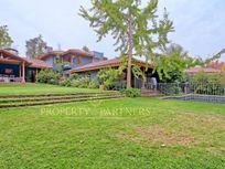 Casa Chilena, excelente ubicación con proyección comercial