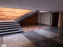 Hermosa Casa con Uso de Suelo en Renta de 1363 m2 en el Pedregal de San Ángel.