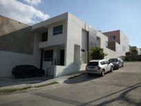 Casa en Barranca del Refugio