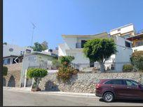 Casa en venta en Zona Dorada- Colinas de Agua Caliente!